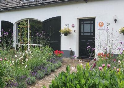 B&B Doremi voorgevel en tuin